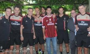 Djokovic junto al Staff Técnico